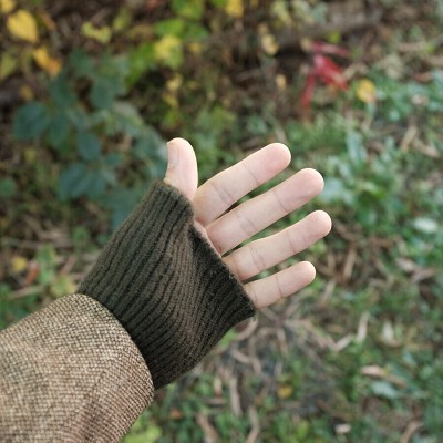 karmanlinegloves02.jpg